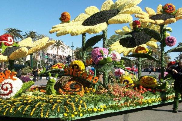 Carro fiorito Sanremo, Blumenparade, Парад цветов